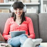 27% of podcast listeners discover brands through voice advertising